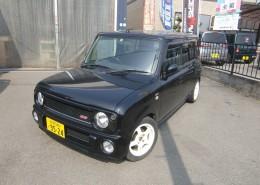 ラパンSS中古車 人気の黒色